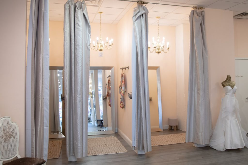 The Dress Bridal Boutique Downtown Springfield MO043